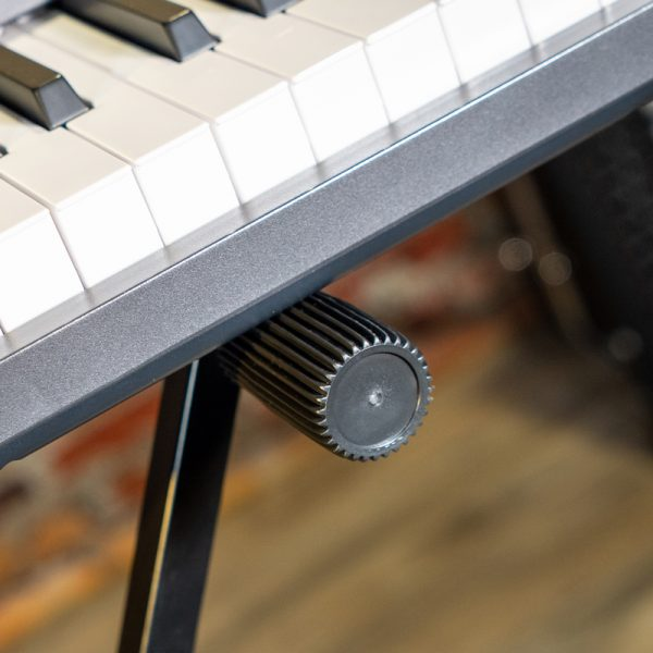 The KS26Q double braced X-style keyboard stand offers a secure and sturdy place for your keyboard or electric piano.